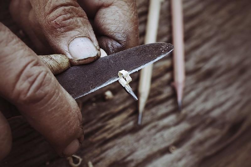 Service affutage - aiguisage chez vous pour vos couteaux, lames  et autre outils (Rémouleur)